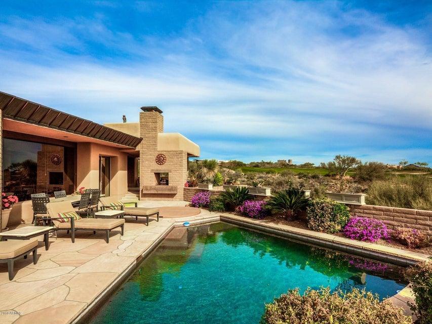 Photo of 11055 E GRAYTHORN Drive, Scottsdale, AZ 85262