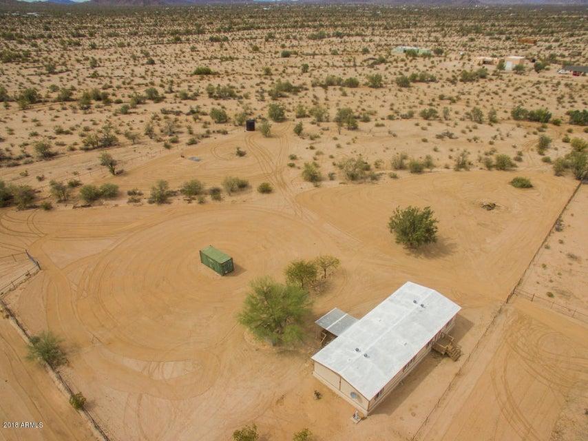 MLS 5742817 51378 W WHIRLY BIRD Road, Maricopa, AZ Maricopa AZ Equestrian