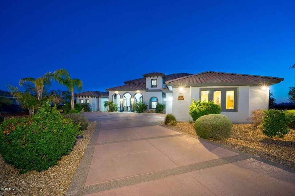 Photo of 15833 W CHARLOTTE Drive, Surprise, AZ 85387