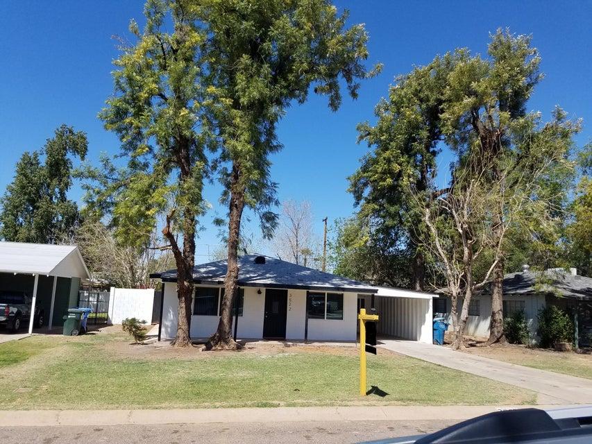 3522 E CHEERY LYNN Road, Phoenix AZ 85018