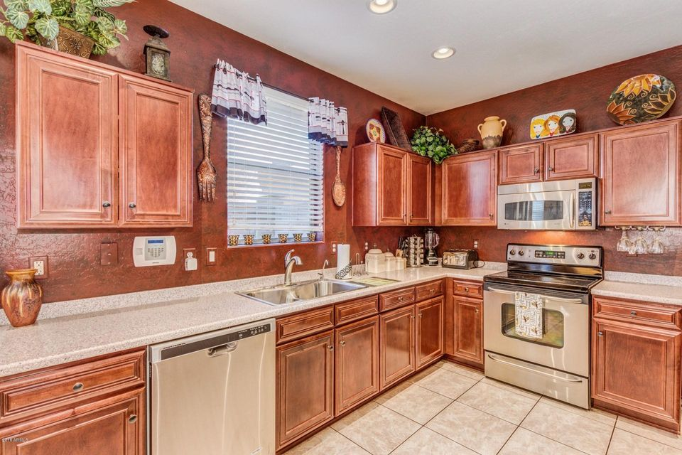 1823 E DALEY Lane Phoenix, AZ 85024 - MLS #: 5747259