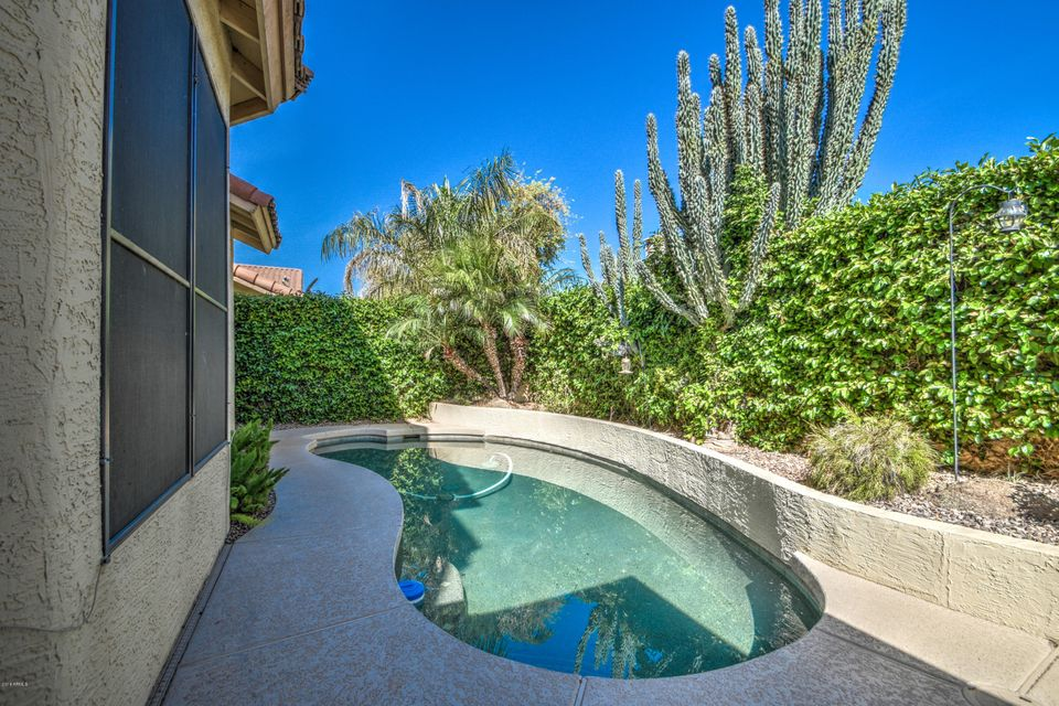 MLS 5748198 10722 W LAURELWOOD Lane, Avondale, AZ 85392 Avondale AZ Garden Lakes