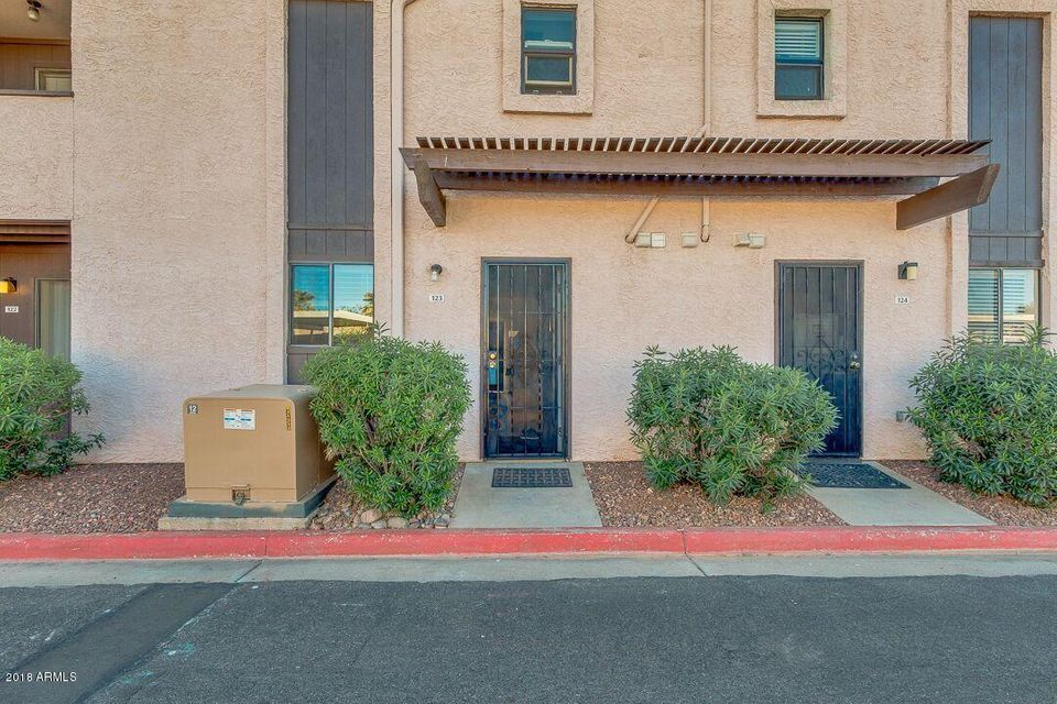 Photo of 886 W GALVESTON Street #123, Chandler, AZ 85225