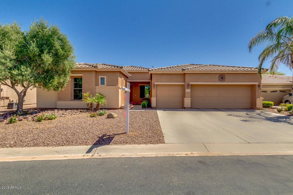 Photo of 19775 N PUFFIN Drive, Maricopa, AZ 85138