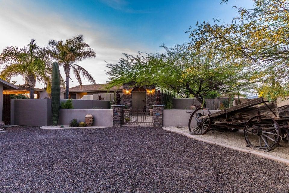 Photo of 4012 E LONE MOUNTAIN Road, Cave Creek, AZ 85331