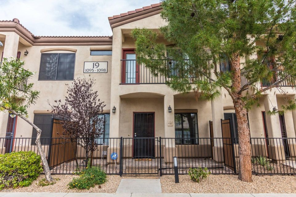 Photo of 3150 E BEARDSLEY Road #1097, Phoenix, AZ 85050