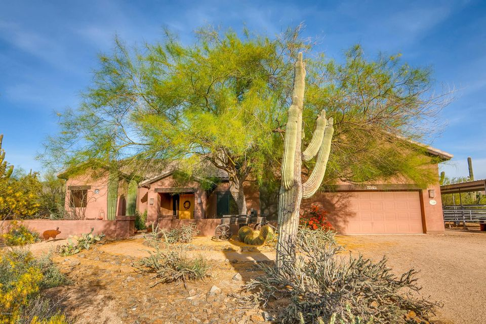 Photo of 41525 N DESERT WINDS Drive, Cave Creek, AZ 85331