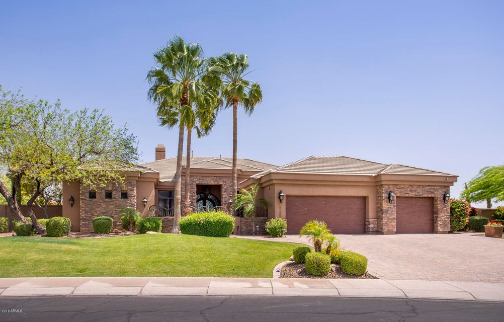 Moradia para Venda às 12125 E Mission Lane 12125 E Mission Lane Scottsdale, Arizona,85259 Estados Unidos