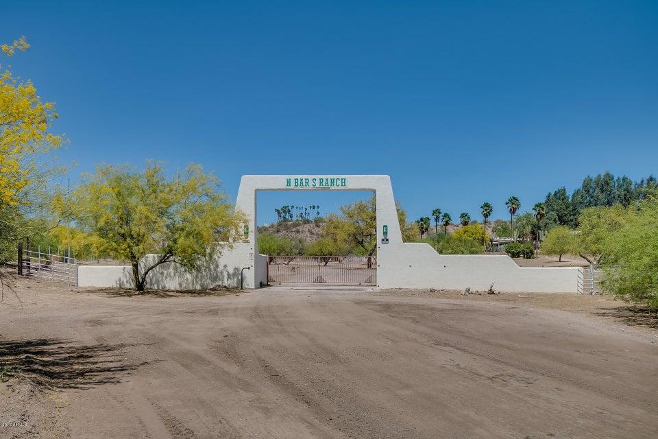 Photo of 27220 W Gates Road, Morristown, AZ 85342