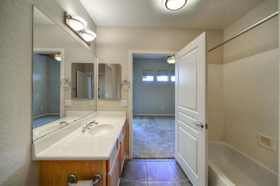 MLS 5752785 2989 N 44TH Street Unit 1025 Building 4, Phoenix, AZ Phoenix AZ Arcadia