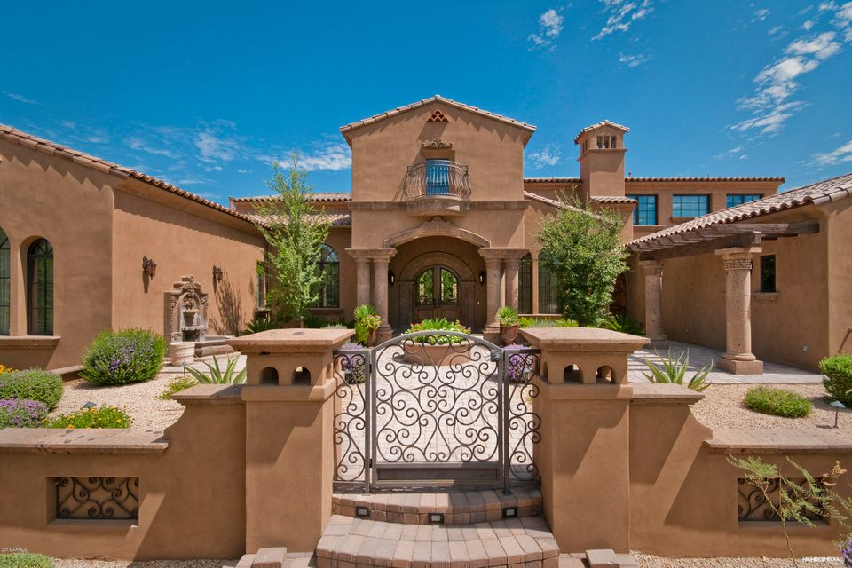 Photo of 9820 E PARKSIDE Lane, Scottsdale, AZ 85255