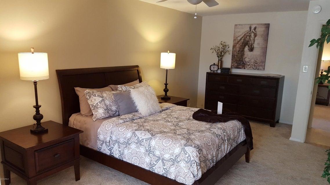 MLS 5709433 2611 E Cheryl Drive, Phoenix, AZ 85028 Phoenix AZ Paradise Valley Oasis