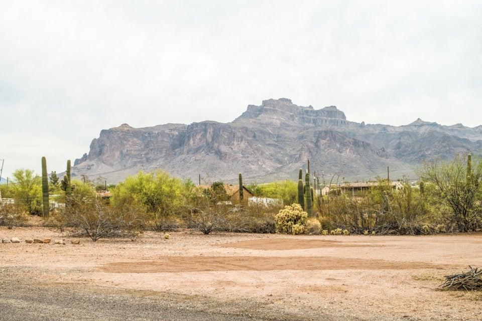 MLS 5753461 2586 E 6TH Avenue, Apache Junction, AZ Apache Junction AZ Private Pool