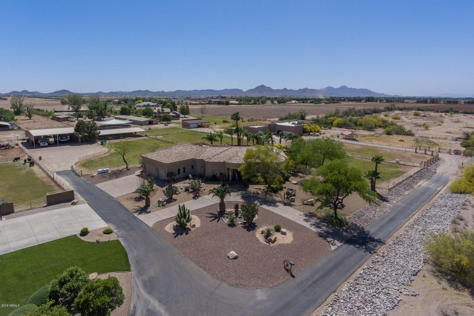 Photo of 109 W Lone Star Lane, San Tan Valley, AZ 85140