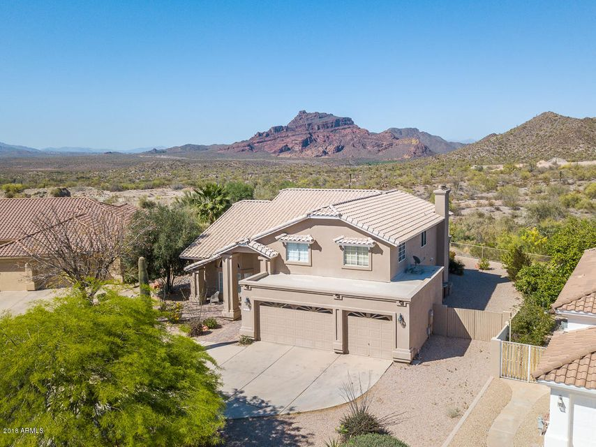 Photo of 6026 E VIEWMONT Drive, Mesa, AZ 85215