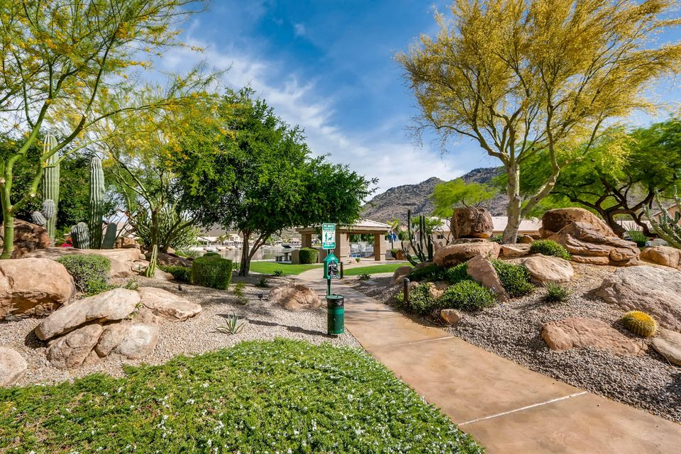 MLS 5754863 5207 W PONTIAC Drive, Glendale, AZ Glendale AZ Scenic