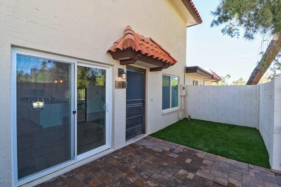 Photo of 818 E JOAN D ARC Avenue, Phoenix, AZ 85022
