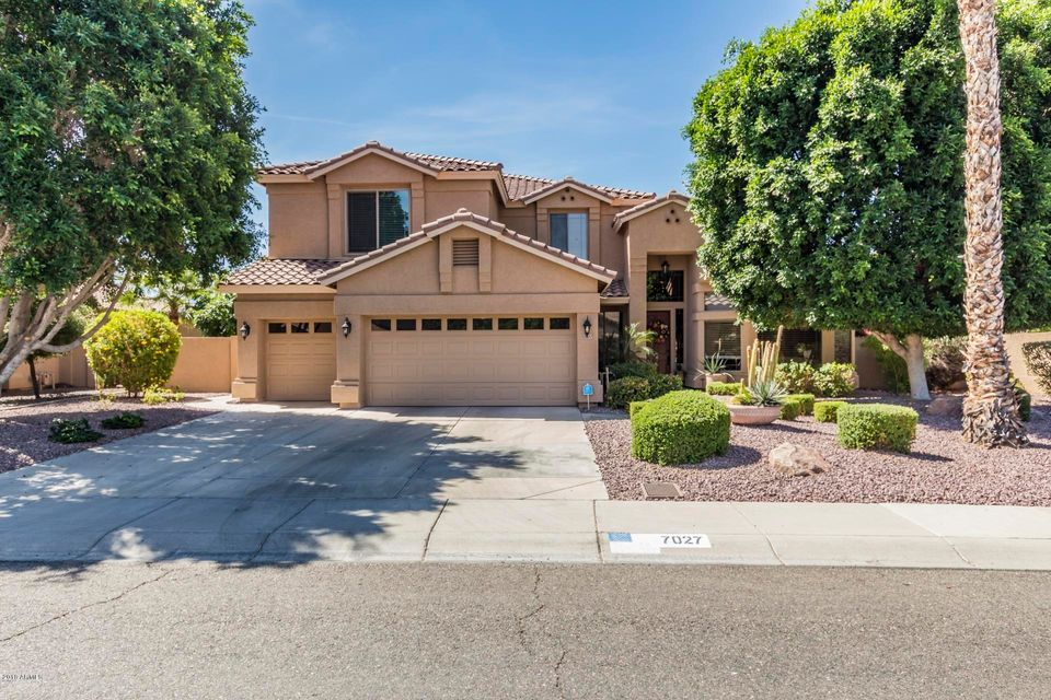 Photo of 7027 W FIREBIRD Drive, Glendale, AZ 85308