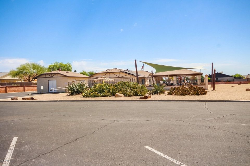 MLS 5757370 9515 W MOUNTAIN VIEW Road Unit B, Peoria, AZ Peoria AZ Adult Community