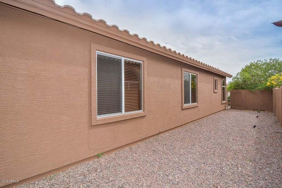 MLS 5758434 5223 W TONOPAH Drive, Glendale, AZ Glendale AZ Waterfront