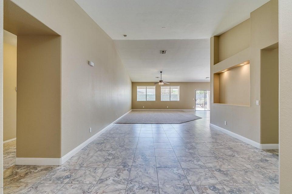 2131 W VINEYARD Road Phoenix, AZ 85041 - MLS #: 5759594