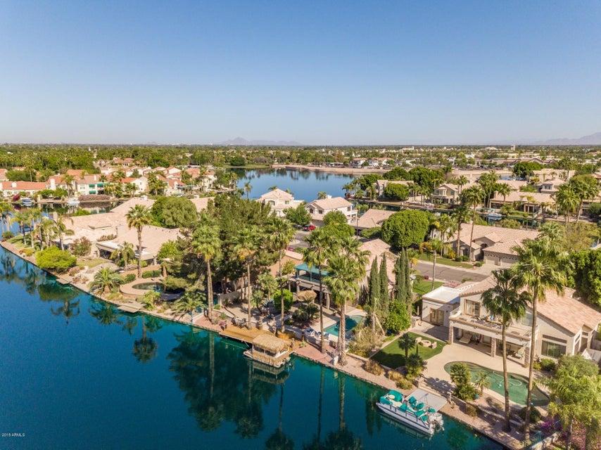MLS 5755855 1825 E MONARCH BAY Drive, Gilbert, AZ Gilbert AZ Waterfront