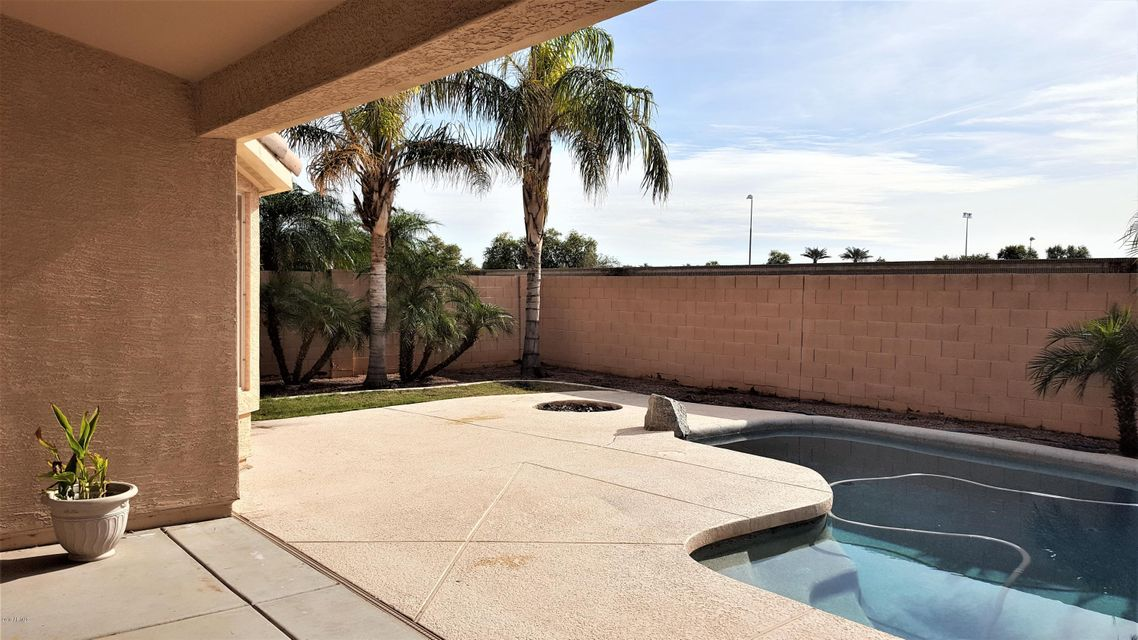MLS 5758920 6877 W PONTIAC Drive, Glendale, AZ Glendale AZ Near Water