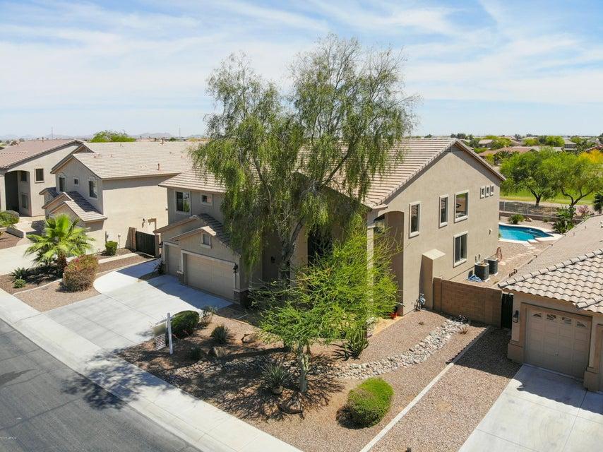 MLS 5757543 42443 W BRAVO Drive, Maricopa, AZ 85138 Maricopa AZ Pool