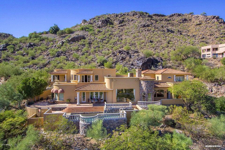 Photo of 6305 E HUMMINGBIRD Lane, Paradise Valley, AZ 85253