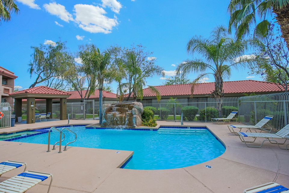 Photo of 2929 W YORKSHIRE Drive #2104, Phoenix, AZ 85027
