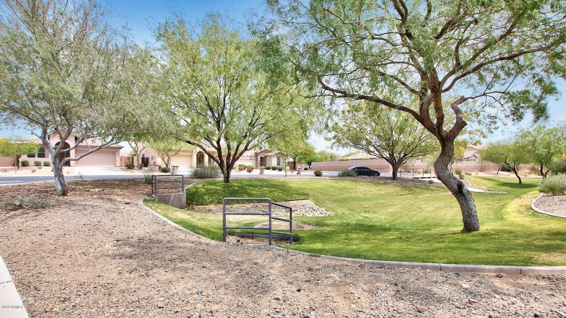 Photo of 12136 W EAGLE RIDGE Lane, Peoria, AZ 85383