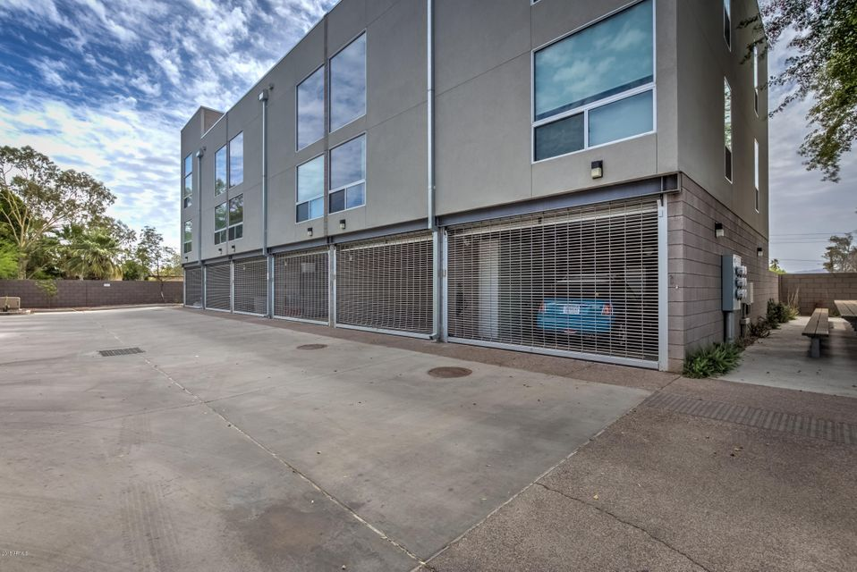 Photo of 727 E PORTLAND Street #29, Phoenix, AZ 85006