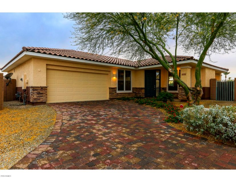 Photo of 13668 W CYPRESS Street, Goodyear, AZ 85395