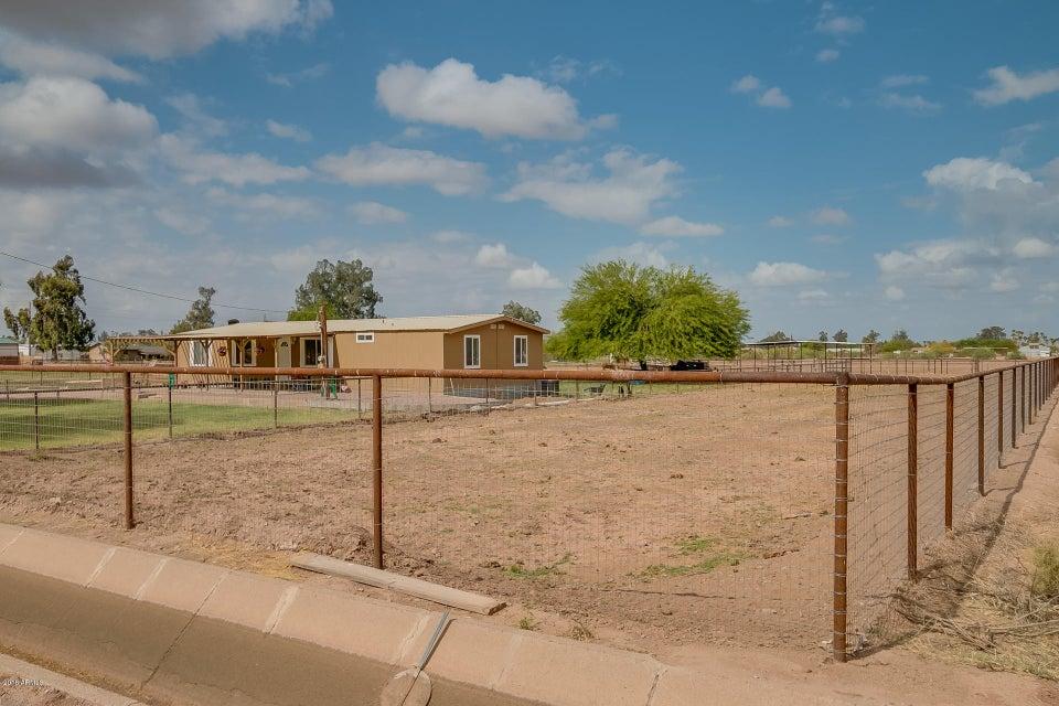 MLS 5763400 42446 N Kenworthy Road, San Tan Valley, AZ 85140 San Tan Valley AZ Three Bedroom