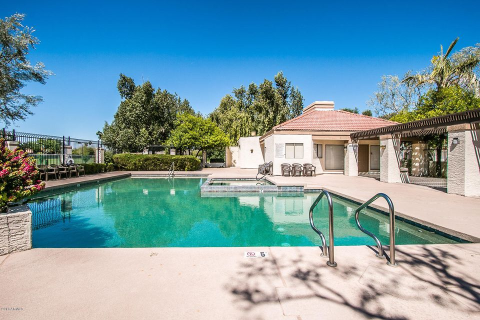 MLS 5763860 4068 W ORCHID Lane, Chandler, AZ 85226 Community Pool