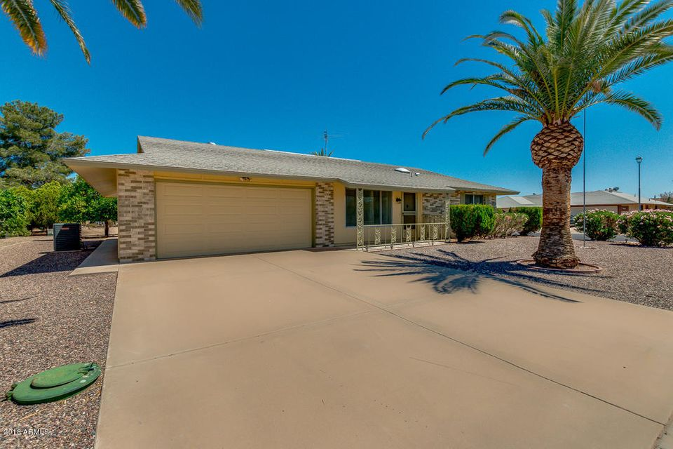 MLS 5764881 18403 N Laurel Drive, Sun City, AZ 85373 Sun City AZ Lake Subdivision