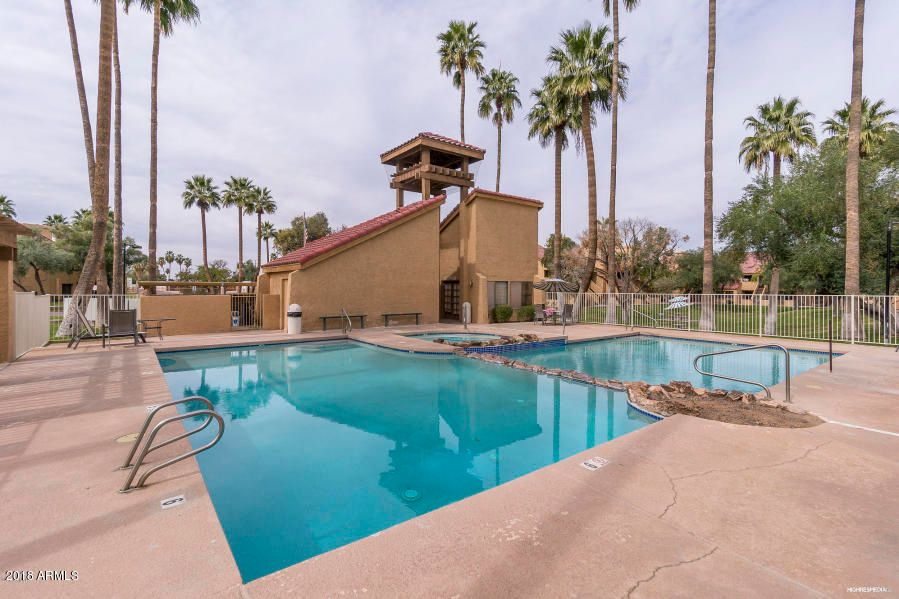 MLS 5762164 4901 S CALLE LOS CERROS Drive Unit 262, Tempe, AZ Tempe AZ Gated
