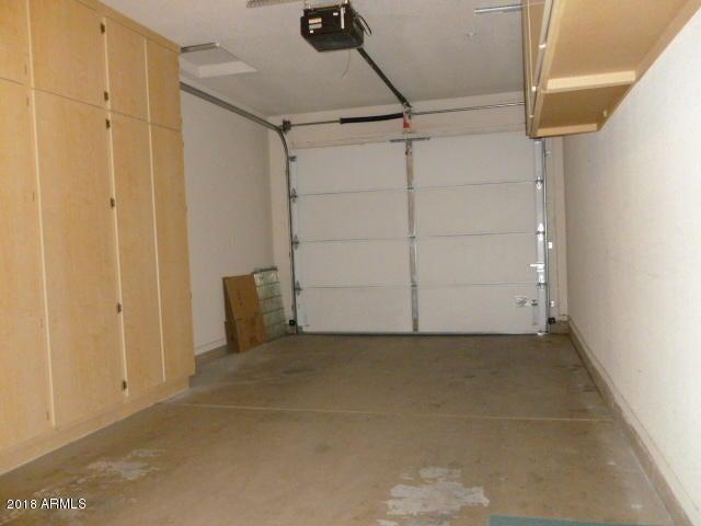 MLS 5762477 7401 W ARROWHEAD CLUBHOUSE Drive Unit 1070, Glendale, AZ Glendale AZ Gated