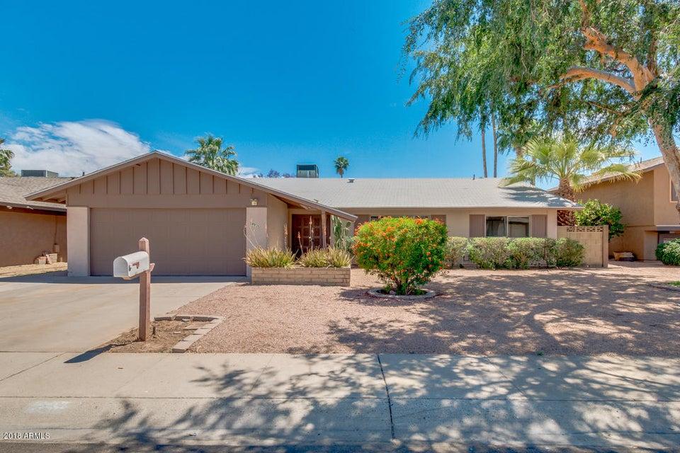 Photo of 4935 W KALER Drive, Glendale, AZ 85301