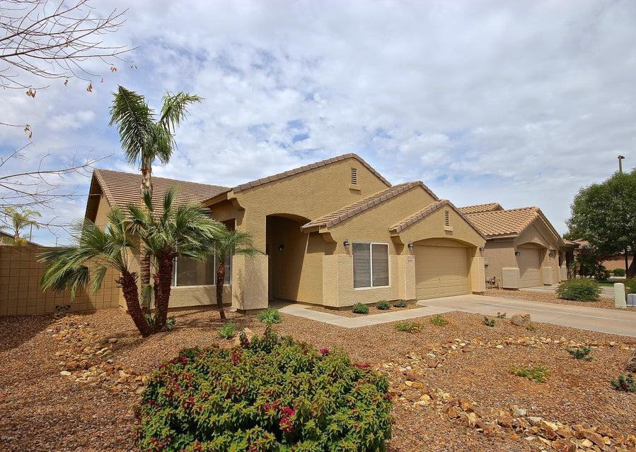 Photo of 3456 S AMBUSH PASS Road, Gilbert, AZ 85297
