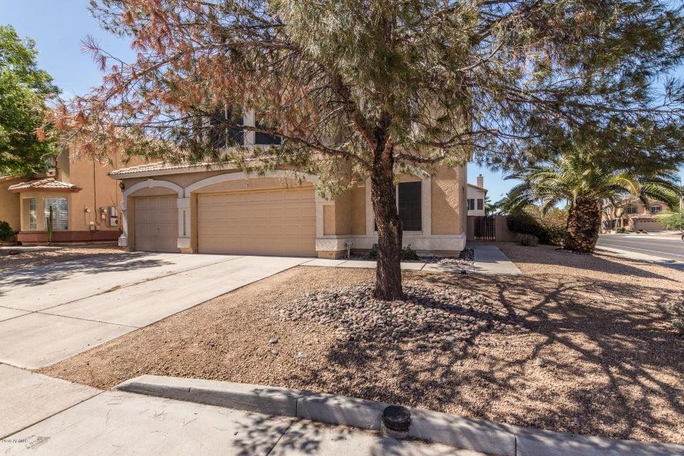 Photo of 1322 W GLENMERE Drive, Chandler, AZ 85224