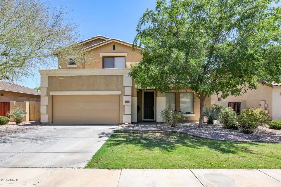 Photo of 6623 S CLASSIC Way, Gilbert, AZ 85298