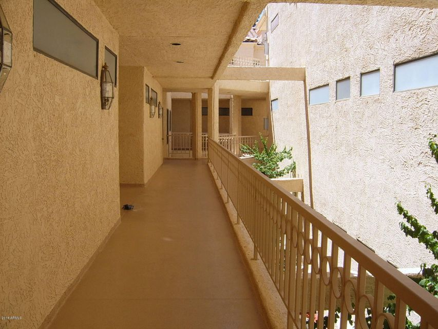 MLS 5763628 19400 N WESTBROOK Parkway Unit 230, Peoria, AZ Peoria AZ Golf