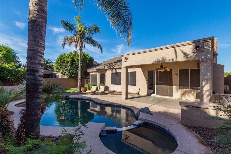 Photo of 3820 S BARBERRY Place, Chandler, AZ 85248