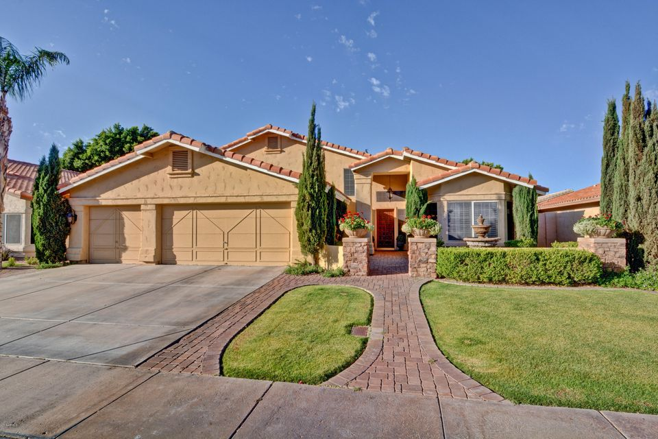 Photo of 2747 E MOUNTAIN SKY Avenue, Phoenix, AZ 85048