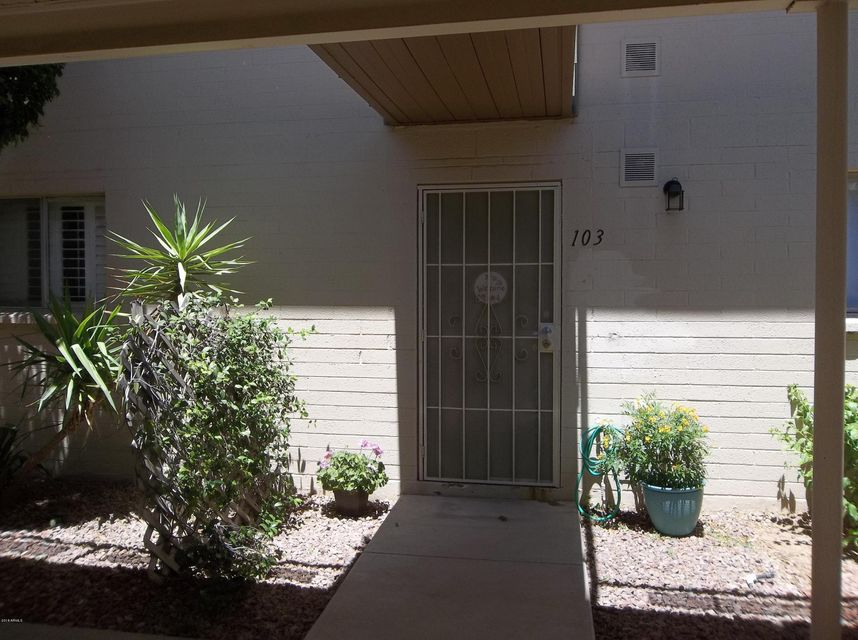 Photo of 825 N HAYDEN Road #C103, Scottsdale, AZ 85257