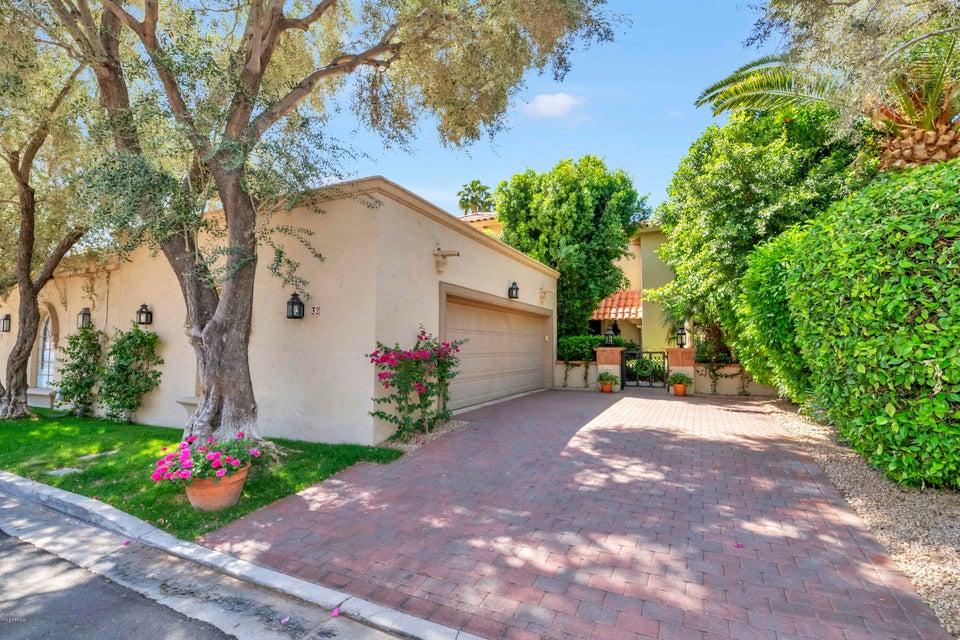Photo of 6701 N SCOTTSDALE Road #32, Scottsdale, AZ 85250