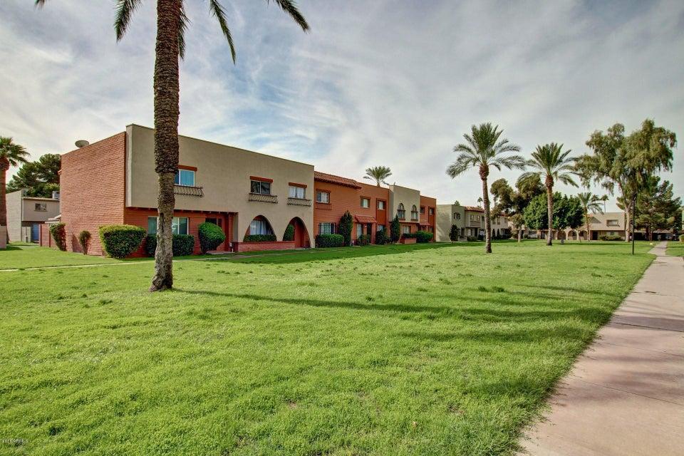 Photo of 2872 E CLARENDON Avenue, Phoenix, AZ 85016