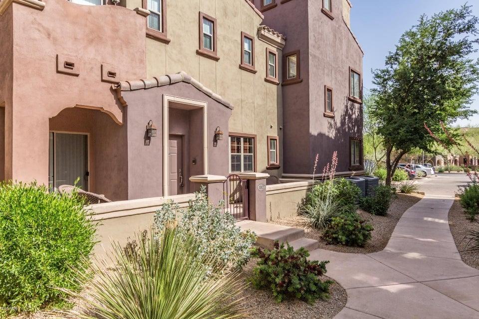 Photo of 3935 E ROUGH RIDER Road #1012, Phoenix, AZ 85050