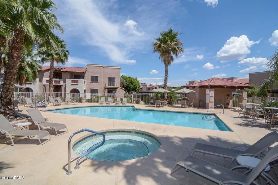 Photo of 5757 W EUGIE Avenue #2076, Glendale, AZ 85304